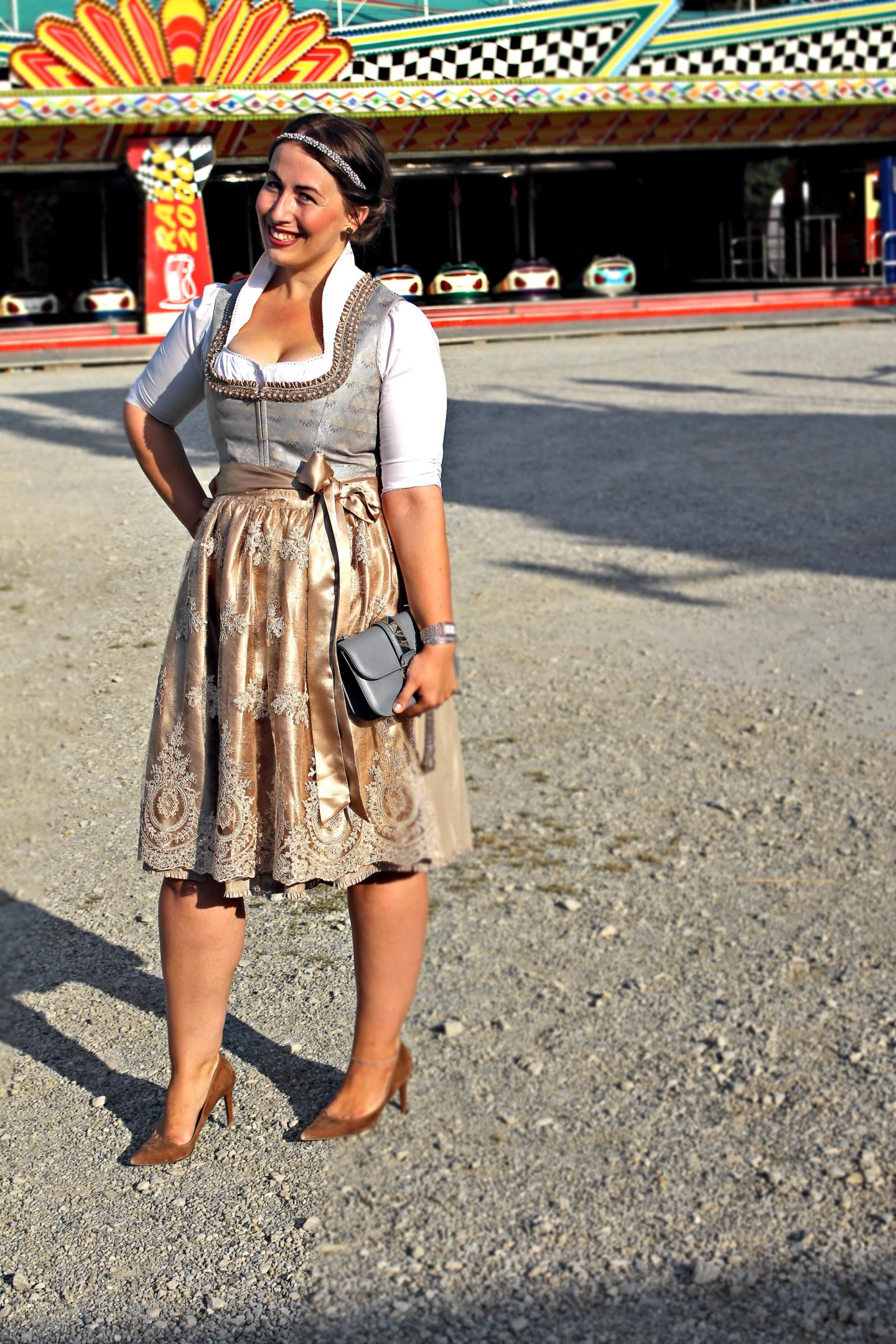 bloggerparade-mein-perfektes-oktoberfest-dirndl-2017