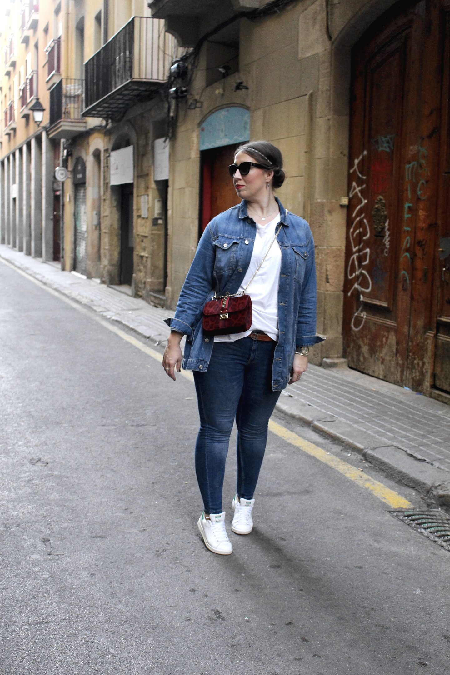 outfit-casual-denim-all-over-look-in-barcelona
