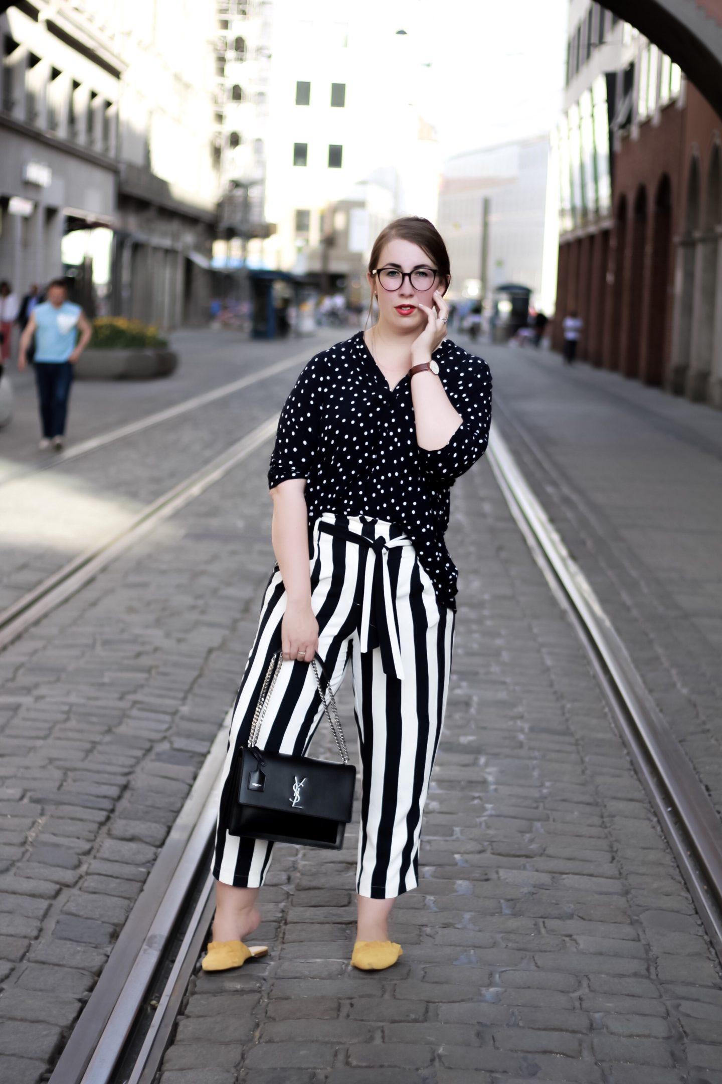 Outfit-Mustermix-Polka-Dots-Streifen-YSL-Saint-Laurent-Sunset-Miss-Suzie-Loves-Susanne-Heidebach-München-Lodenfrey-Fashionblogger-Bayerischer-Hof-München