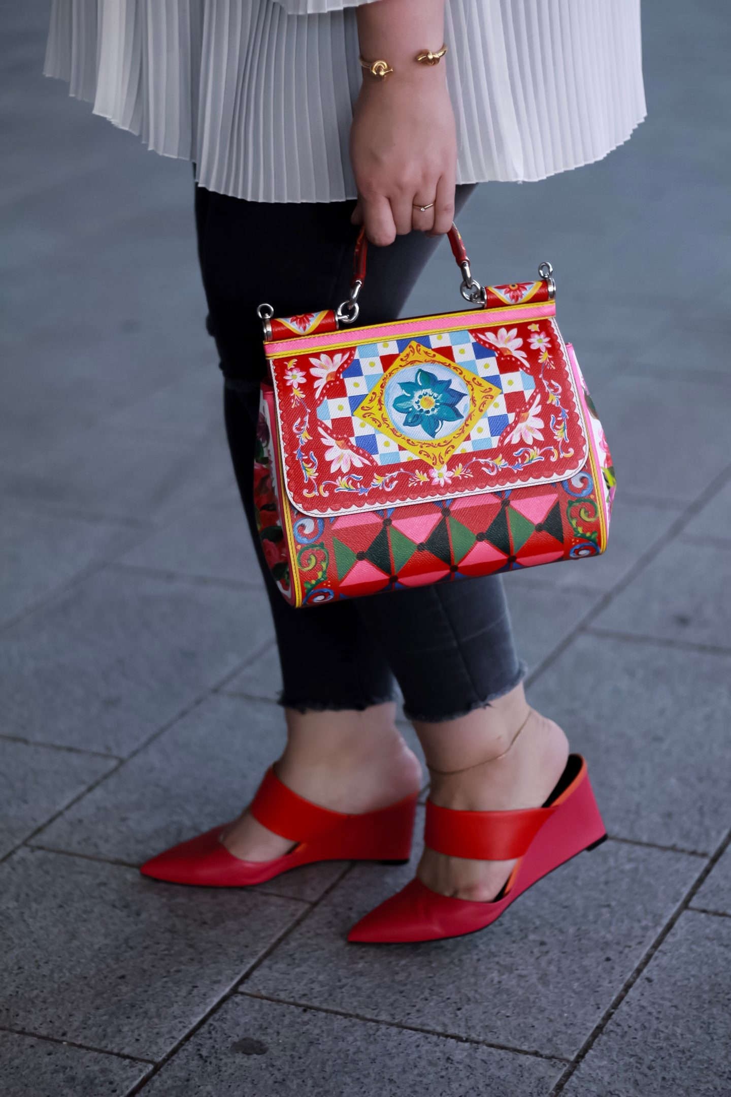 Dolce-Gabbana-Sicily-Mambo-Bag-Carretto-Print-Miss-Suzie-Loves-Susanne-Heidebach