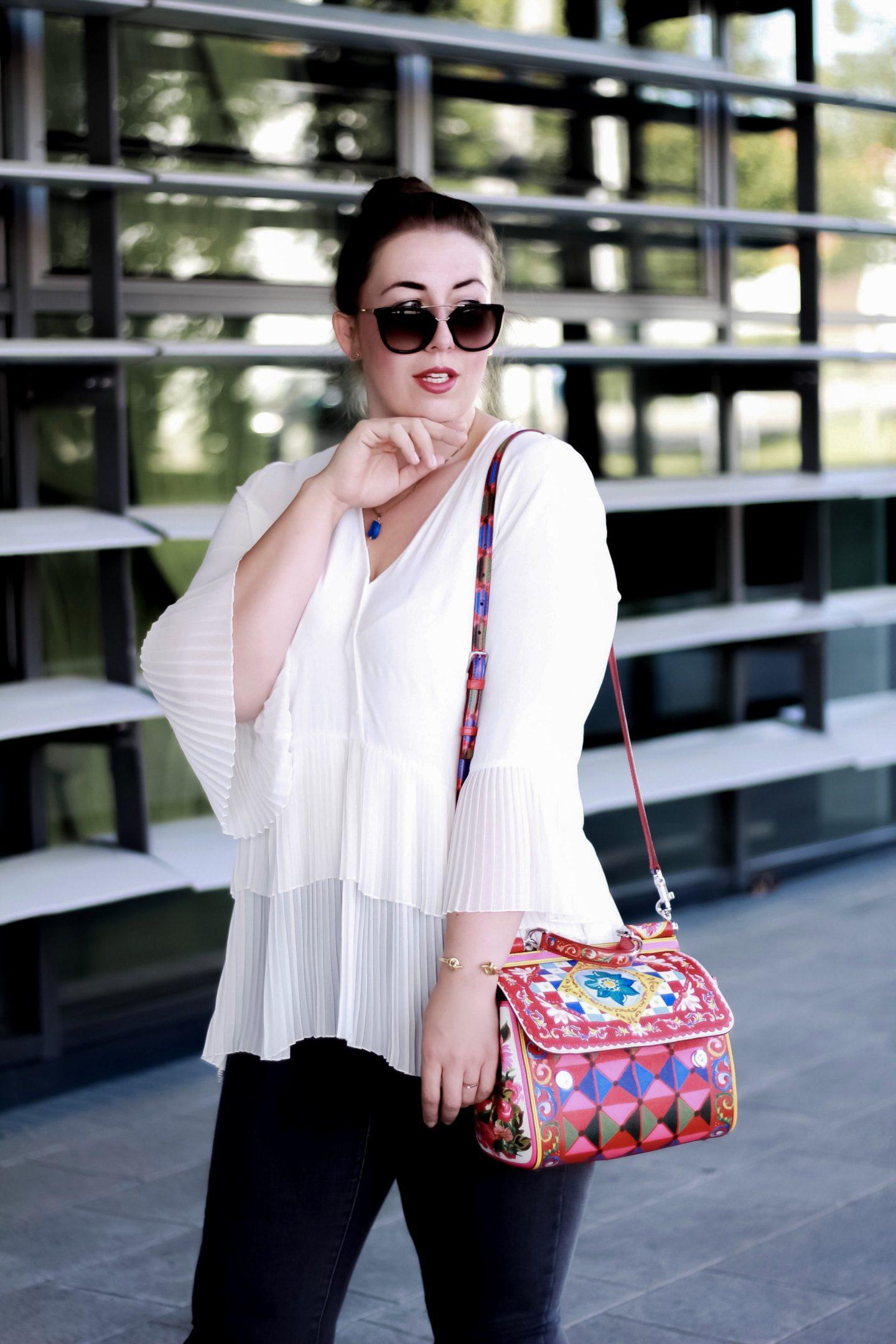 Dolce-Gabbana-Sicily-Mambo-Carretto-Plisseebluse-Zara-Miss-Suzie-Loves-Susanne-Heidebach-Fashionblogger