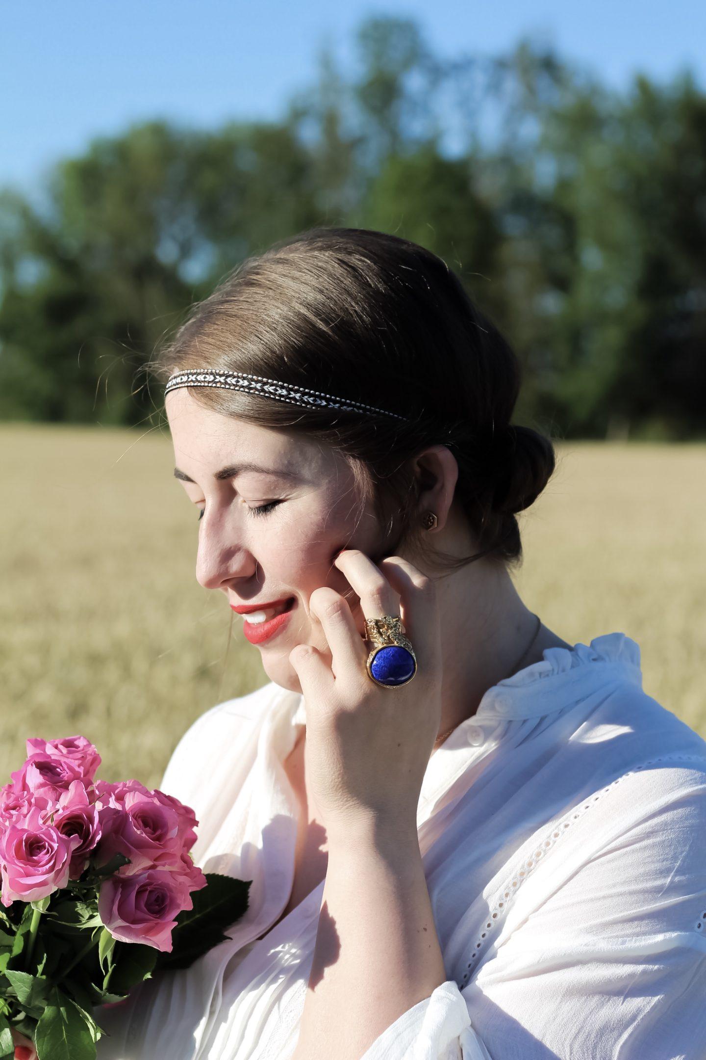 Miss-Suzie-Loves-Festival-Frisuren-feines-Haar-Hippie-Boho-Stirnband-Haarband-YSL-Ring-Arty-Rosen-Weizenfeld-Susanne-Heidebach-Fashionblogger