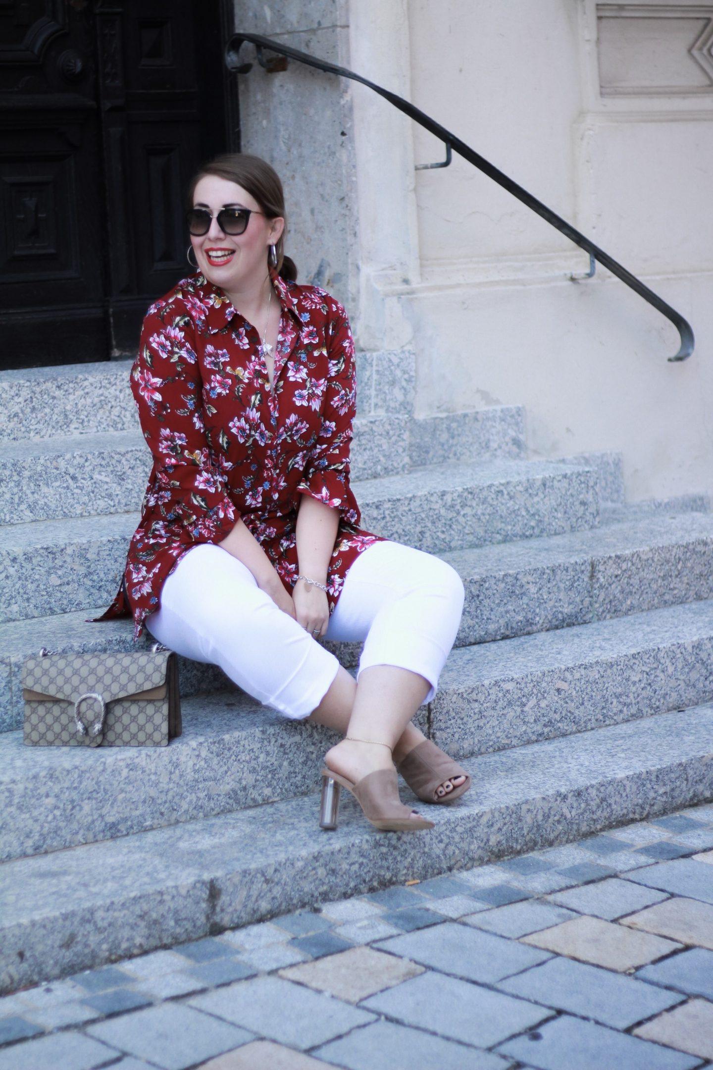 Miss-Suzie-Loves-Sheego-Pantone-Red-Pear-Bordeauxrot-Susanne-Heidebach-Fashionblogger-Gucci-Dioynsus-Curvy-Model
