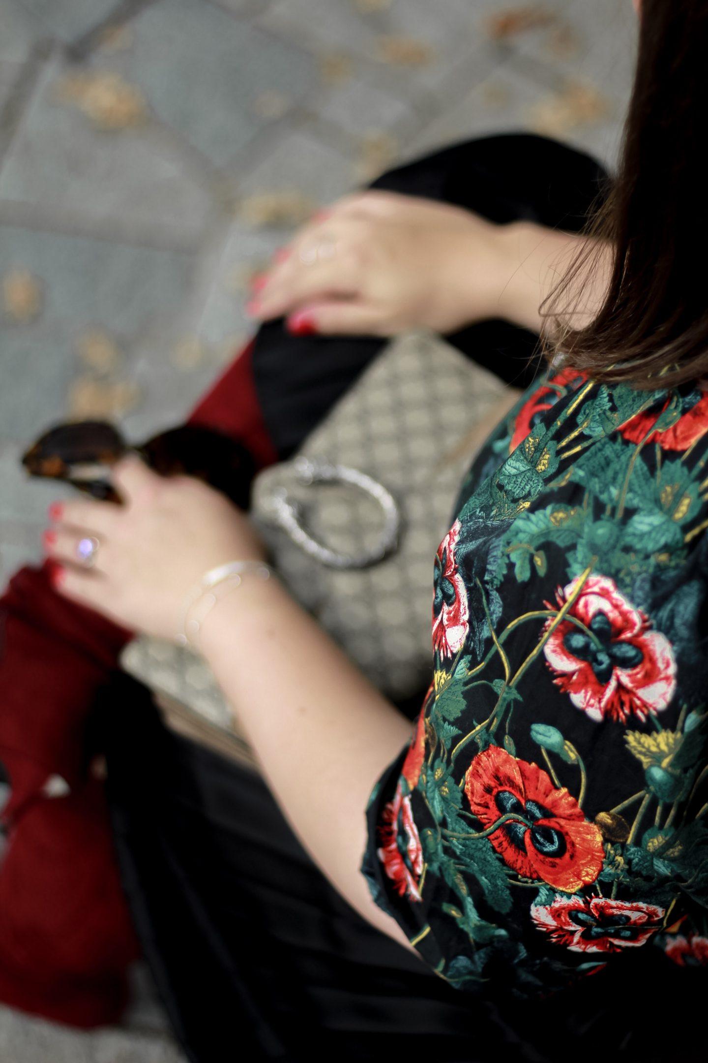 Herbstblumen-Ueber-die-kleinen-Dinge-im-Leben-Miss-Suzie-Loves-Susanne-Heidebach-Herbstoutfit-Herbstlook-Dionysus-Gucci