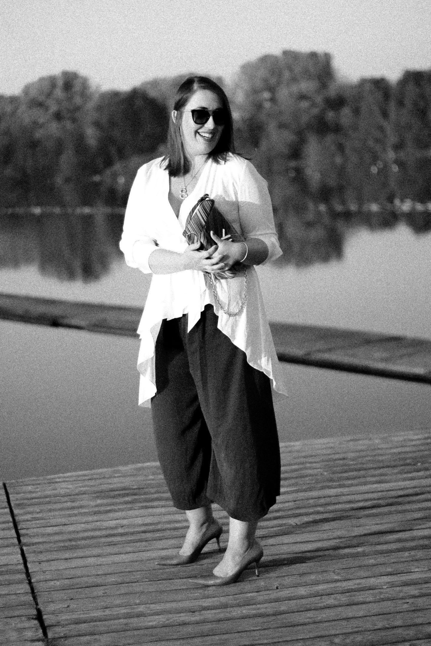 Herbst-Outfit-Asymmetrische-Zara-Bluse-Culotte-Louis-Vuitton-Twist-Susanne-Heidebach-Miss-Suzie-Loves