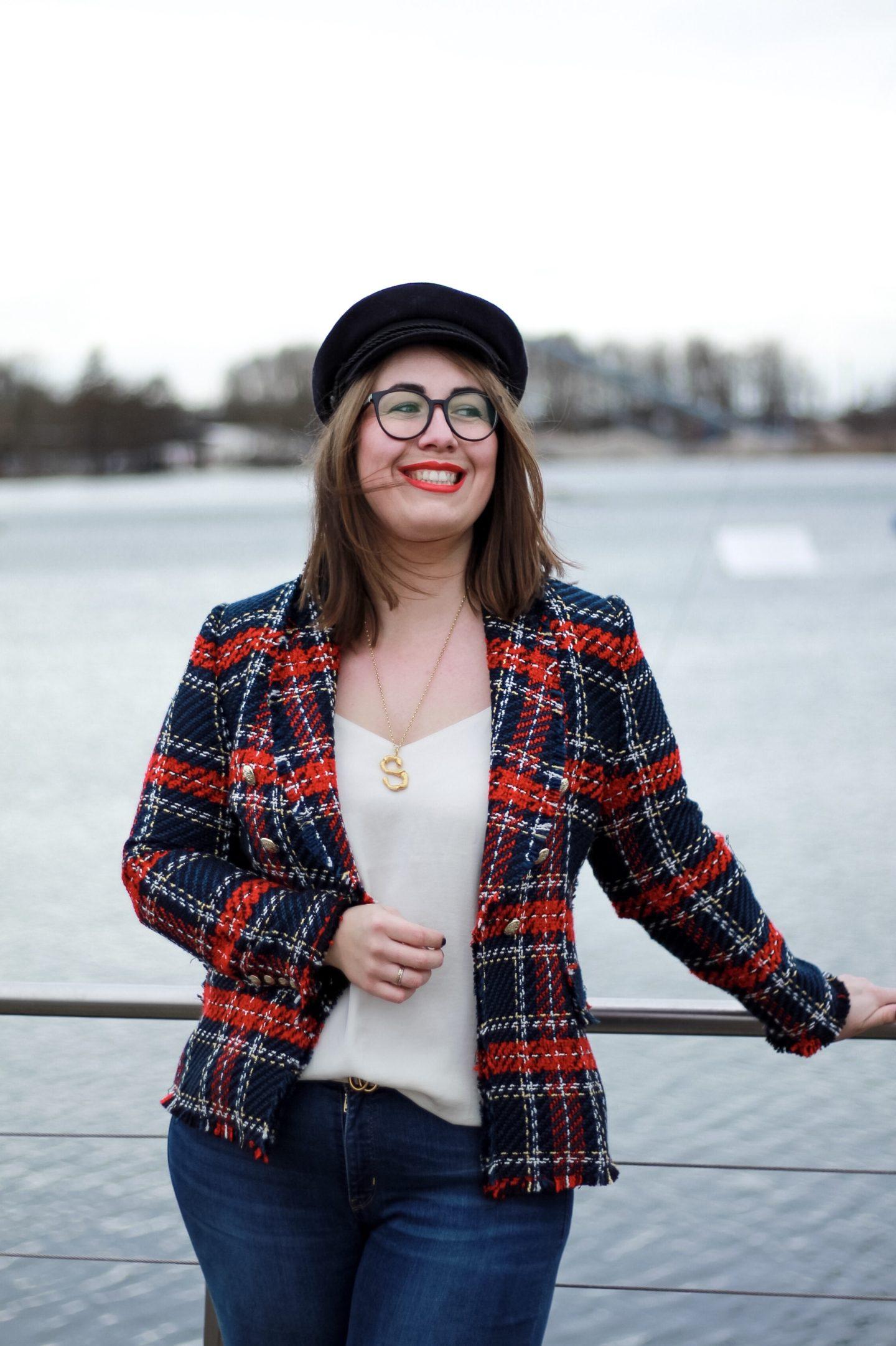 Susanne-Heidebach-Miss-Suzie-Loves-Kolumne-Uber-das-Alter-werden-karierter-Zara-Blazer-Tweed-Wind-Elbsegler