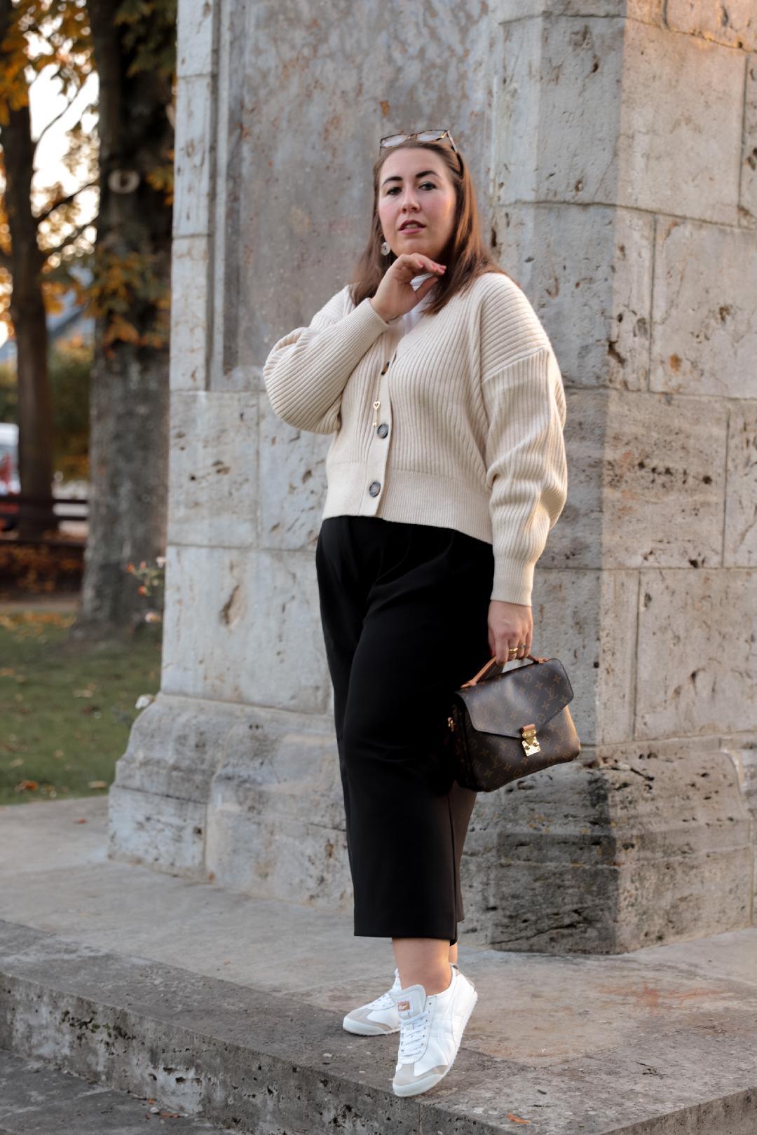 Strickcardigan-Culotte-Onitsuka-Tiger-Mexico-66-Louis-Vuitton-Pochette-Metis-Miss-Suzie-Loves-Susanne-Heidebach